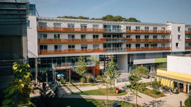 Innenhof der Wohnanlage Forum am Luitpold