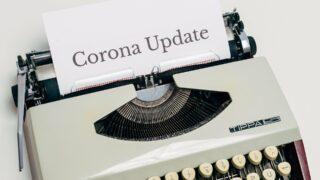 Schreibmaschine mit Text Corona Update